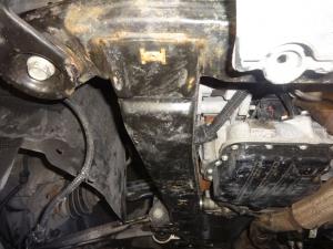 Vaizdas iš apatinės variklio dalies